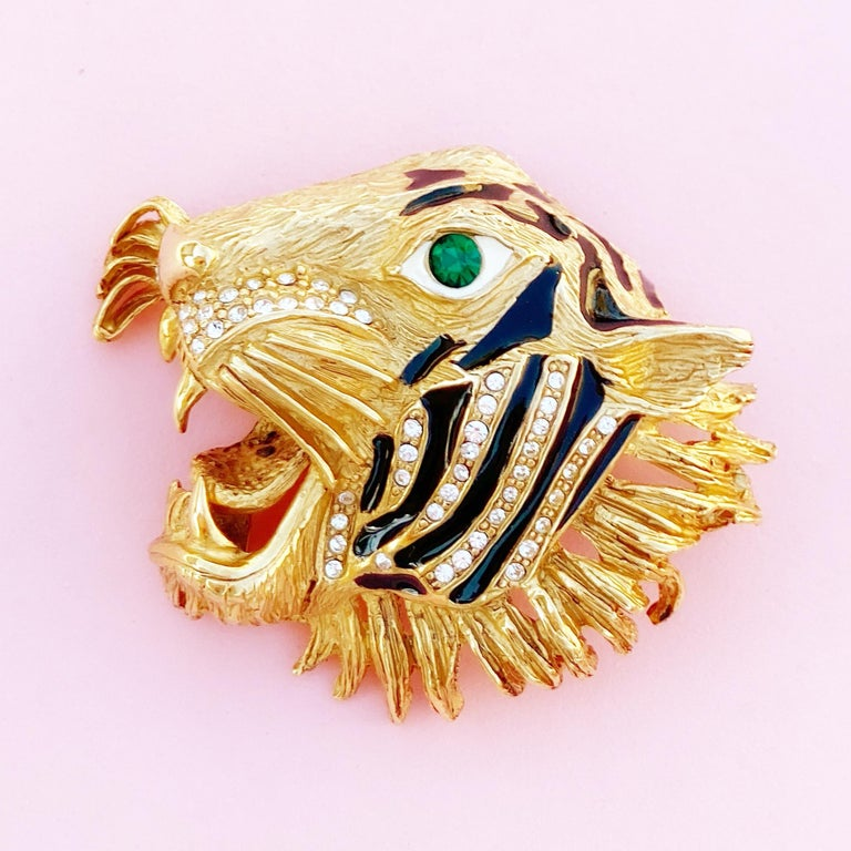 Gilt, Enamel & Crystal Rhinestone Tiger Head Brooch By Erwin Pearl, 1980s In Excellent Condition For Sale In Los Angeles, CA