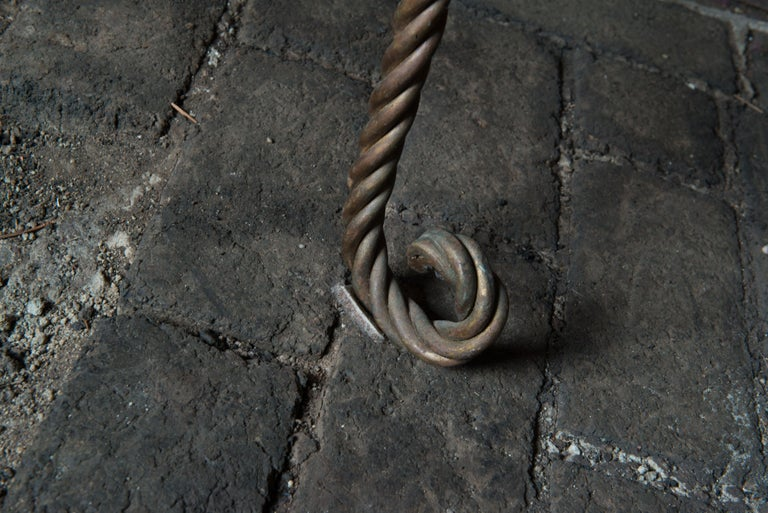 Gilt Metal Rope Style Étagère/Shelves For Sale 2