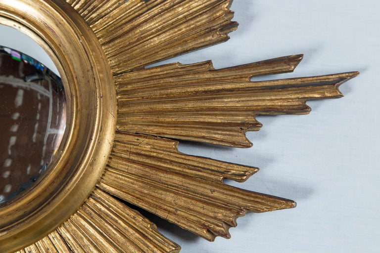 Giltwood Sunburst Mirror, France, Mid-20th Century In Good Condition For Sale In Chappaqua, NY