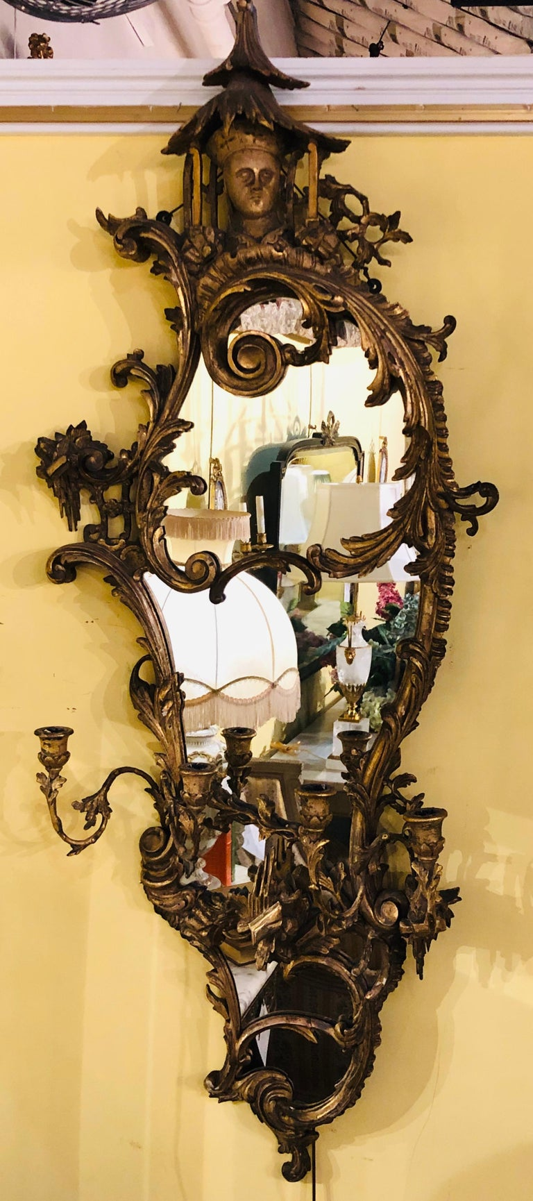 Giltwood Chinoiserie Style Wall Mirror with Girandole Continental For Sale 5