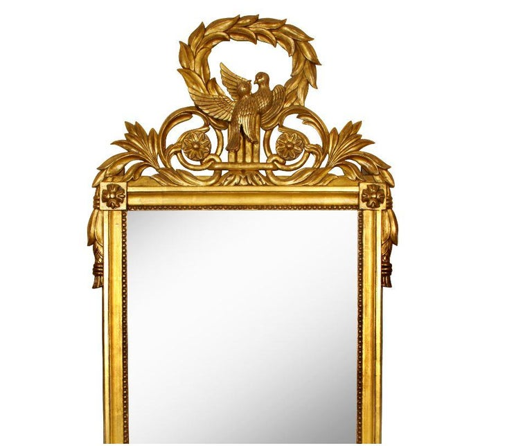 Giltwood French Louis XVI Style Mirror In Good Condition For Sale In Locust Valley, NY