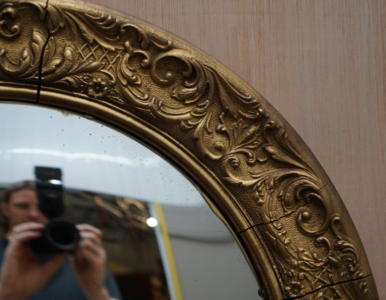 20th Century Giltwood Ornate Frame and Plaster Regency Ships Style Convex Mirror Domed Glass For Sale