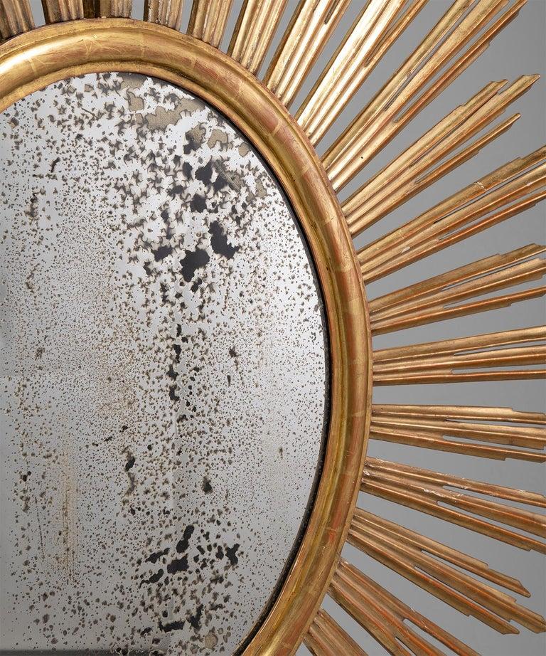 Giltwood Sunburst Mirror In Good Condition In Culver City, CA
