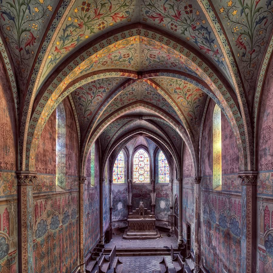 Eglise, Emergence series (Interior of abandoned church)