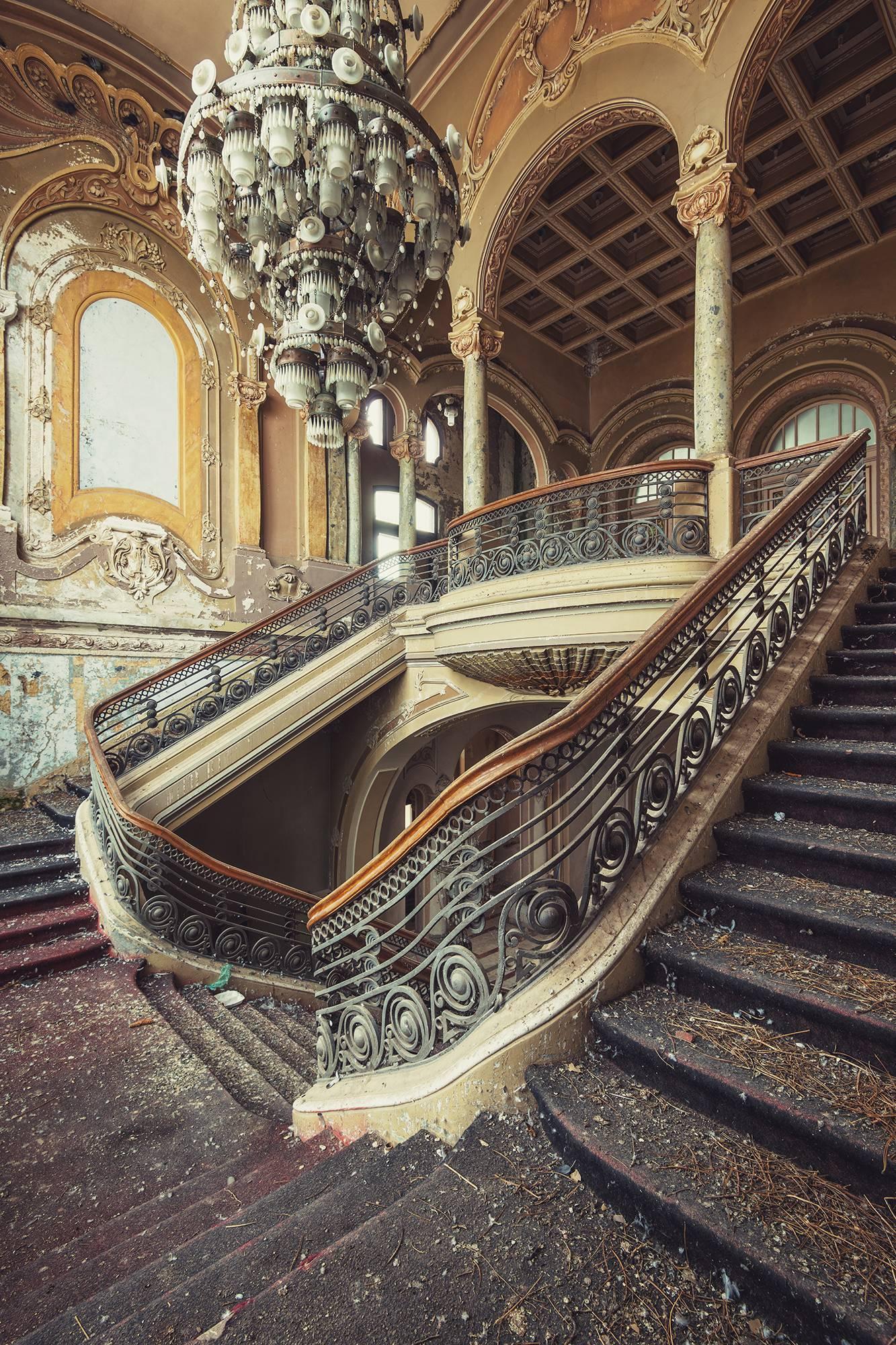 Grand Nouveau, Incremento series (Interior of abandoned Art Nouveau building)