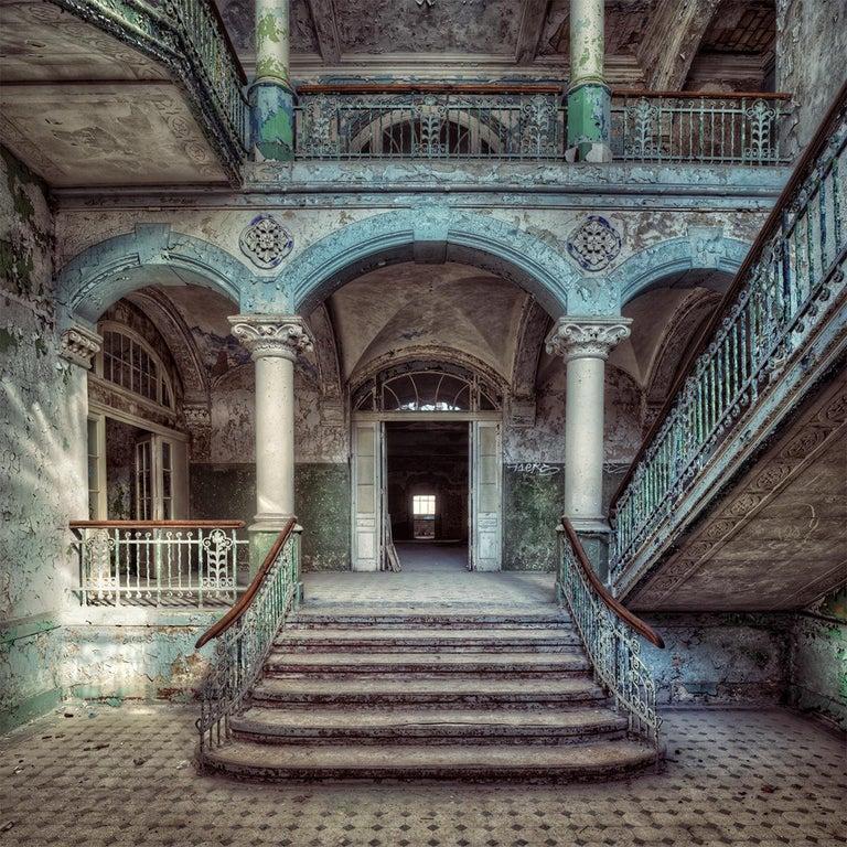 Gina Soden Landscape Photograph - Krankenhaus, Palac series (Interior of abandoned sanatorium, Germany)