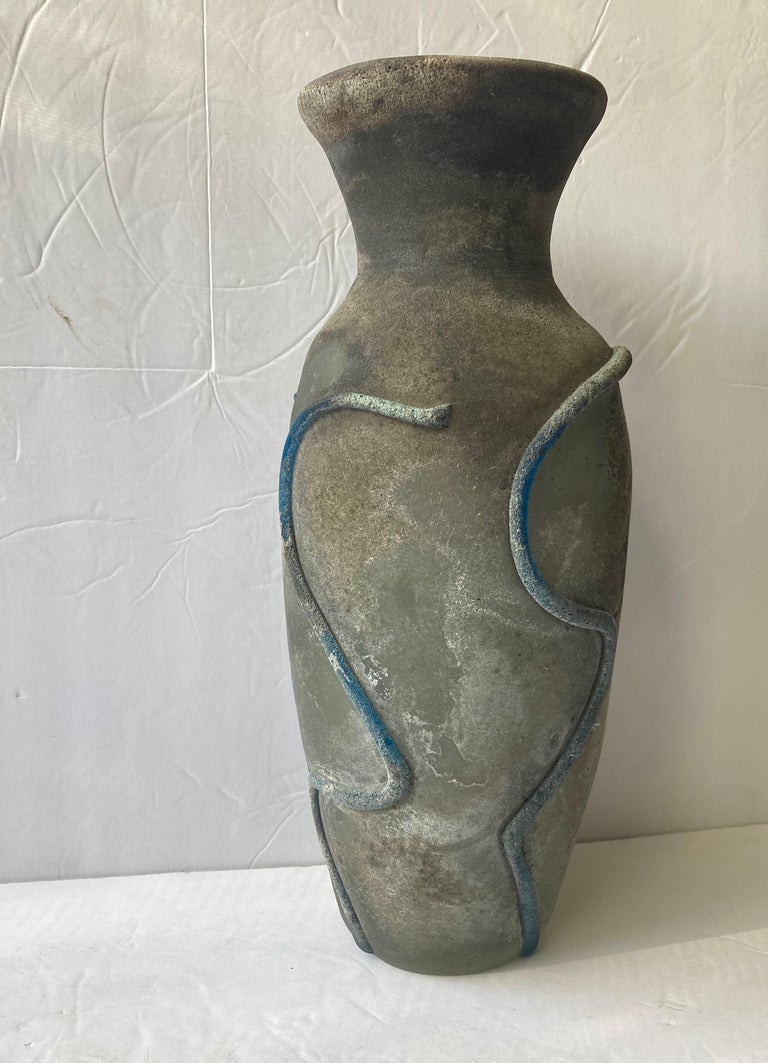 Gino Cenedese Large Murano Vase, Glass, Scavo Finish, Signed In Excellent Condition For Sale In Los Angeles, CA