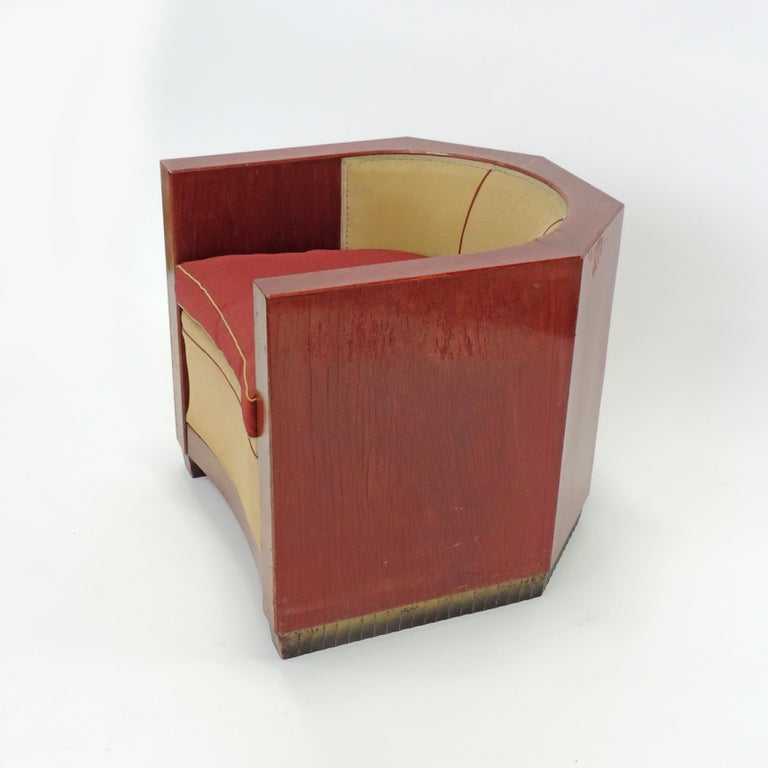 Early 20th Century Gino Maggioni Red Stained Armchair for Arredamenti Borsani Varedo, Italy, 1920s For Sale