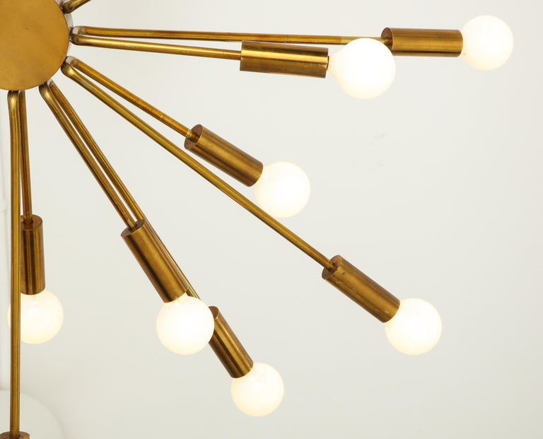 Gino Sarfatti for Arteluce Chandelier Model 2003 In Good Condition For Sale In Chappaqua, NY