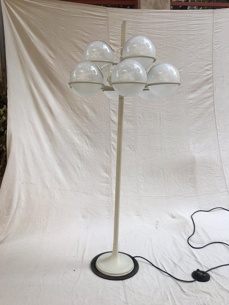 Gino Sarfatti for Arteluce Monumental Floor Lamp Model 1094 from 1966 For Sale 1
