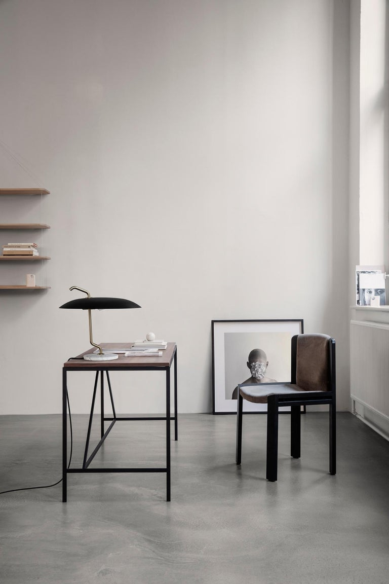 Italian Gino Sarfatti Lamp Model 537 Brass Structure, Black Reflector, White Marble For Sale