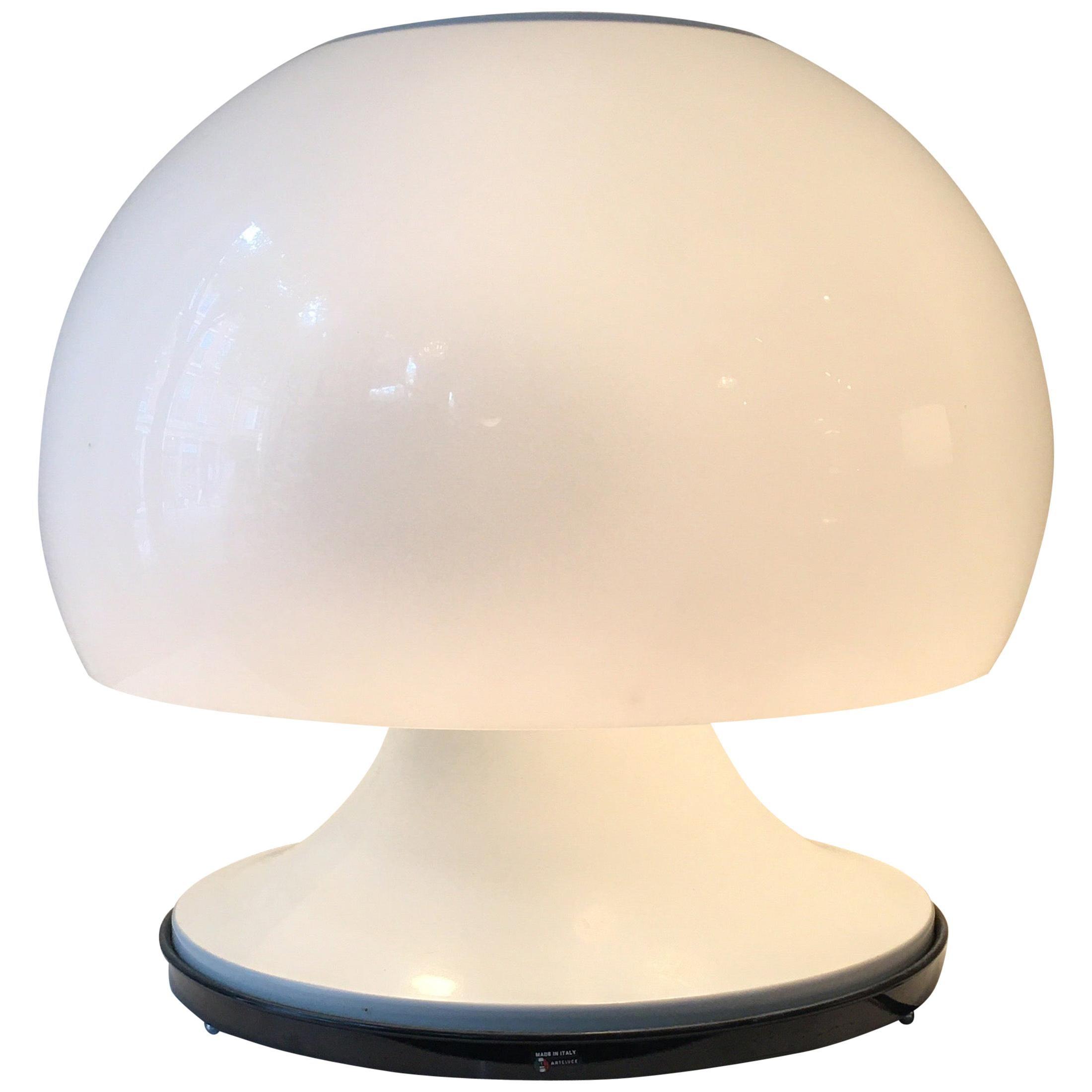 Gino Sarfatti Model 596 Table Lamp for Arteluce