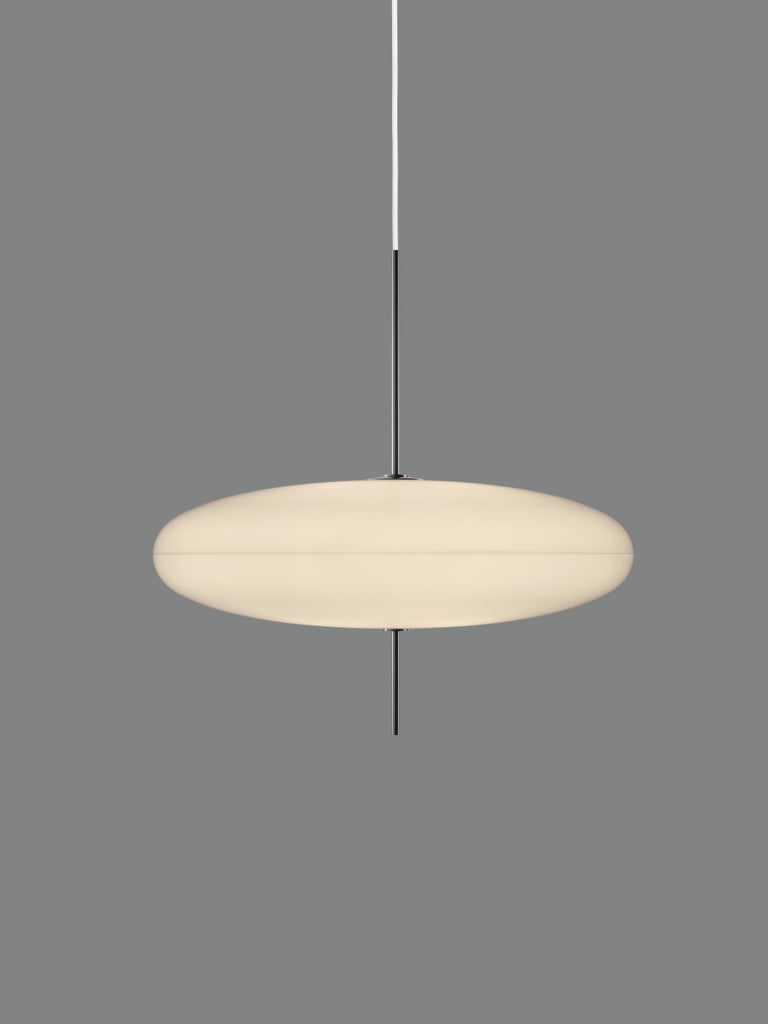 Gino Sarfatti Model No. 2065 Ceiling Light In Excellent Condition For Sale In Glendale, CA