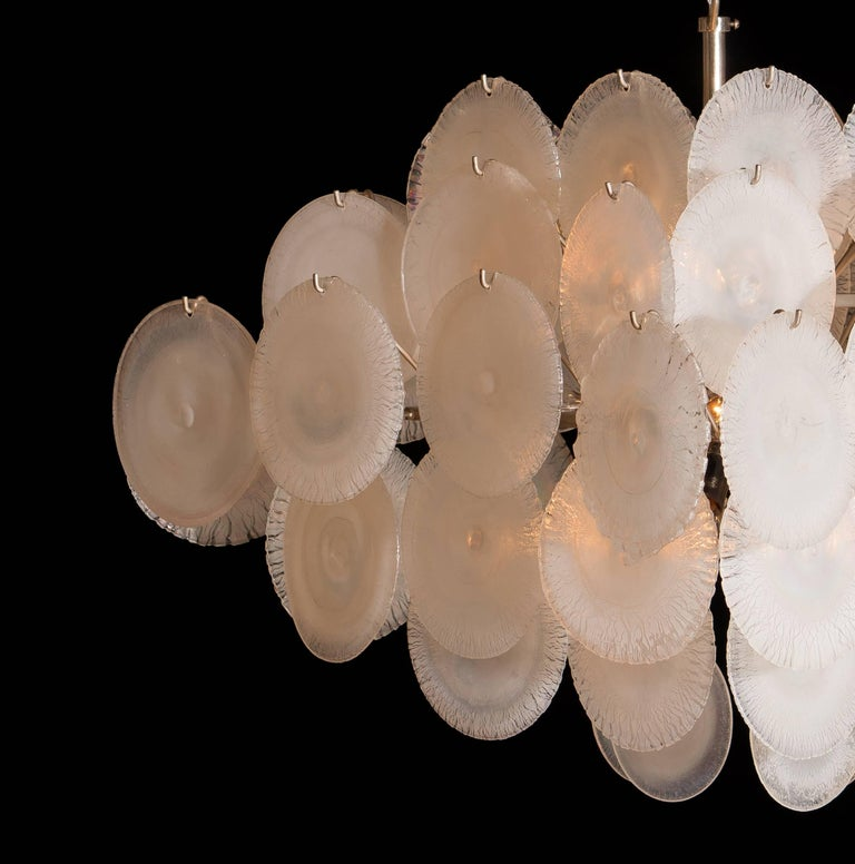 Mid-20th Century Gino Vistosi Chandelier with 60 Handmade Murano White/Pearl Colored Crystals For Sale