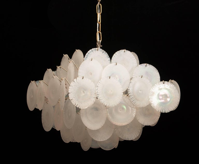 Gino Vistosi Chandelier with White / Pearl Murano Crystal Discs For Sale 4