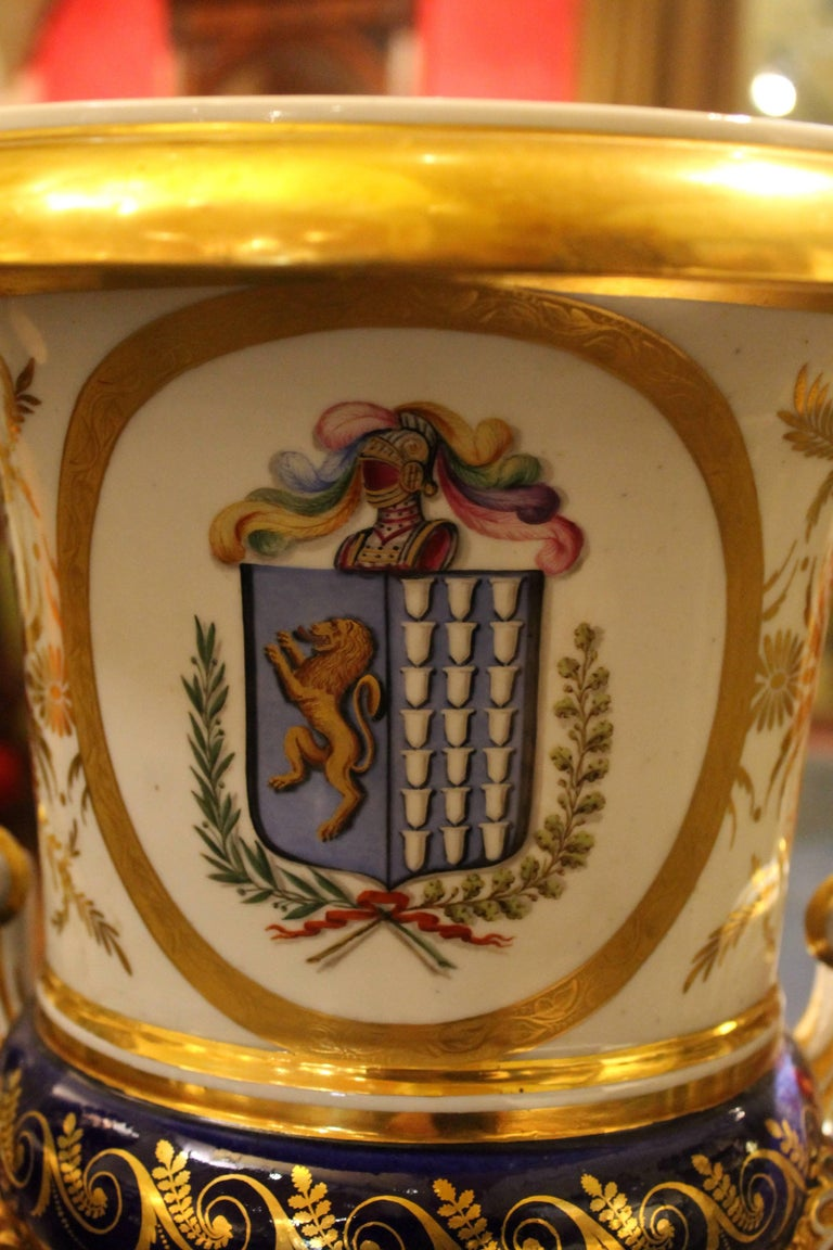Neoclassical Ginori 19th Century Italian Medici Vase with White, Blue and Gold Porcelain For Sale