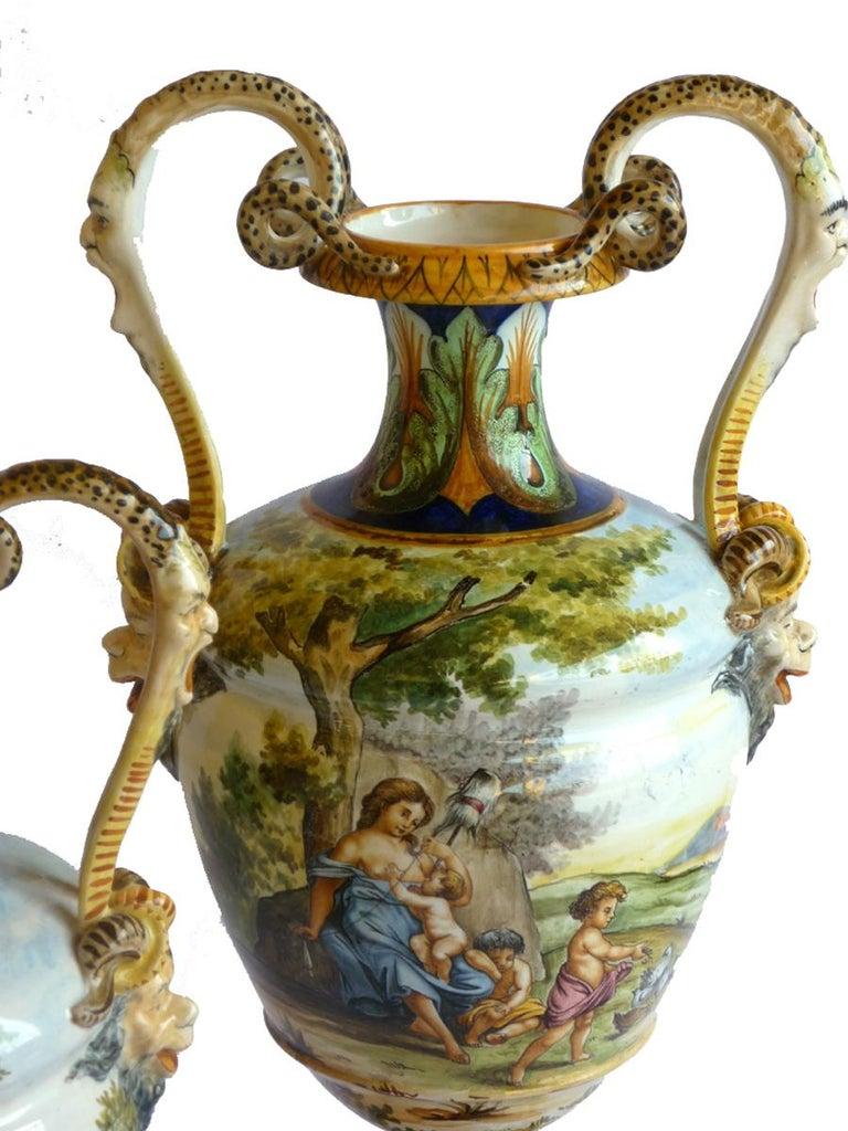 Ginori 19th Century Italian Renaissance Style Majolica Pair of Vases In Excellent Condition For Sale In Brescia, IT