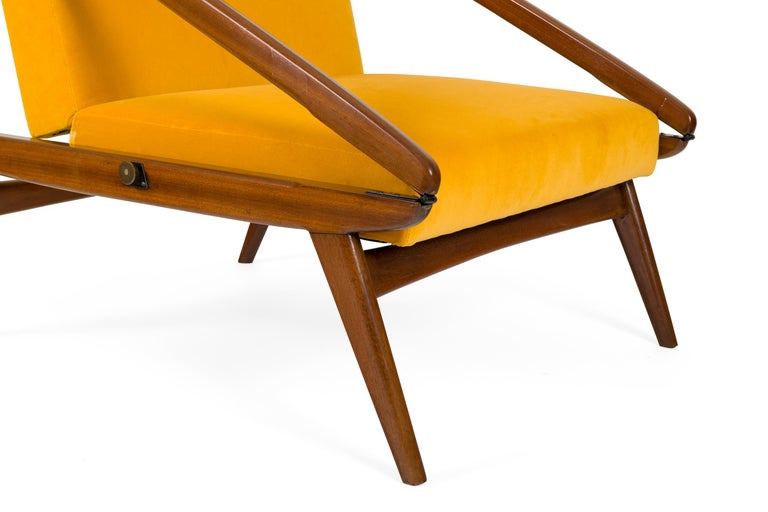 Gio Ponti Adjustable Armchairs/Ottomans, Italy, 1955 For Sale 1