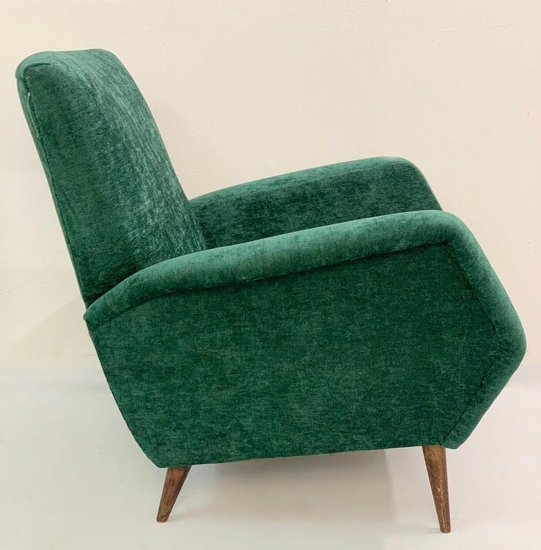 Gio Ponti Armchairs Model 803 for Cassina, Italy, 1954 - New green velvet upholstery.