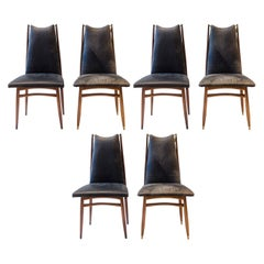 Gio Ponti, Attri, 12 Mid-Century Modern Teak Dining Chairs with Brass Fittings