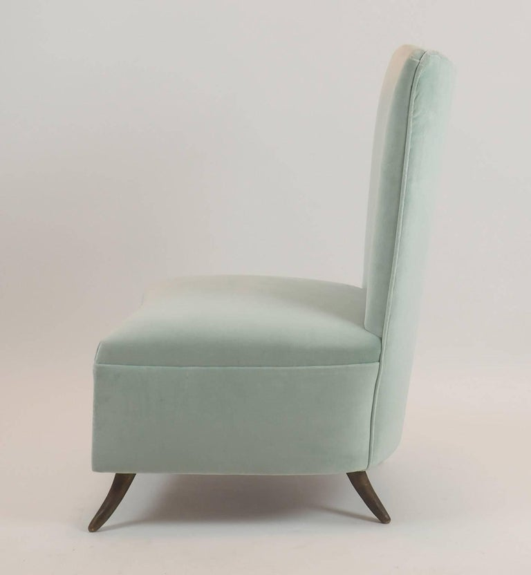 Gio Ponti Attributed Fine Armchair Manufactured by ISA, Bergamo, Italy, 1950s In Excellent Condition For Sale In Milano, IT