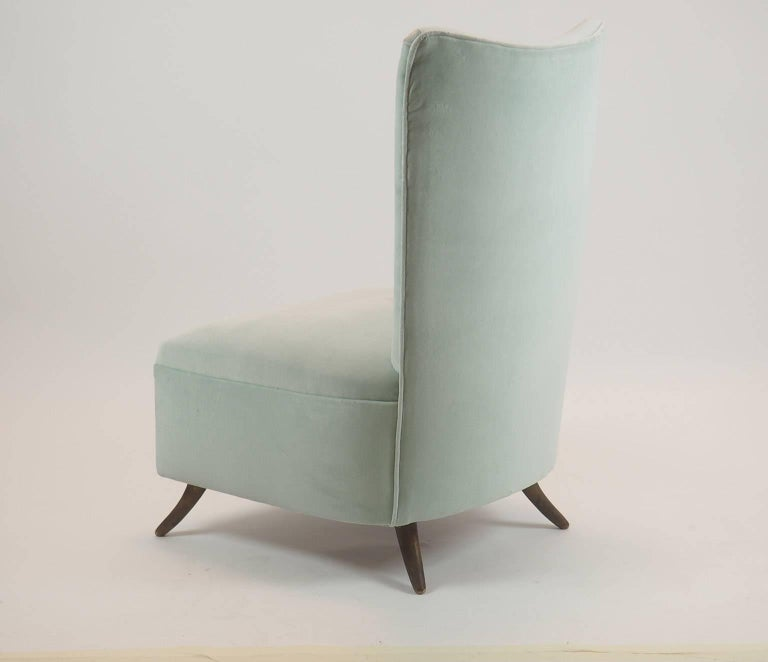 Mid-20th Century Gio Ponti Attributed Fine Armchair Manufactured by ISA, Bergamo, Italy, 1950s For Sale