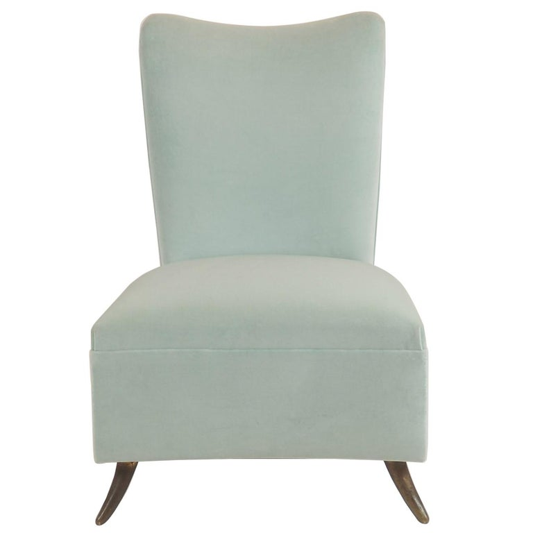 Gio Ponti Attributed Fine Armchair Manufactured by ISA, Bergamo, Italy, 1950s For Sale