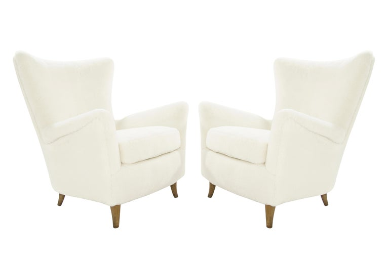Gio Ponti Lounge Chairs in Shearling for the Hotel Bristol, circa 1950s For Sale 5