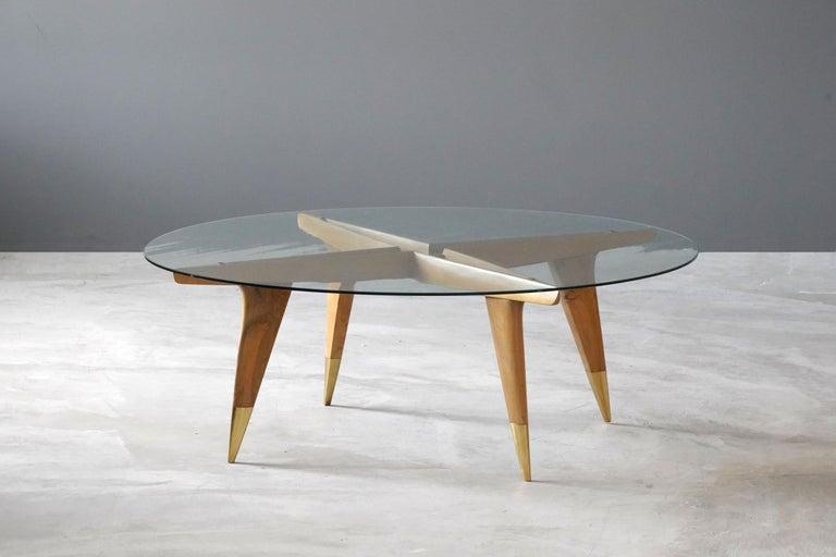 Mid-Century Modern Gio Ponti, Coffee Table, Brass Walnut, Glass, Singer & Sons, America, 1950s For Sale