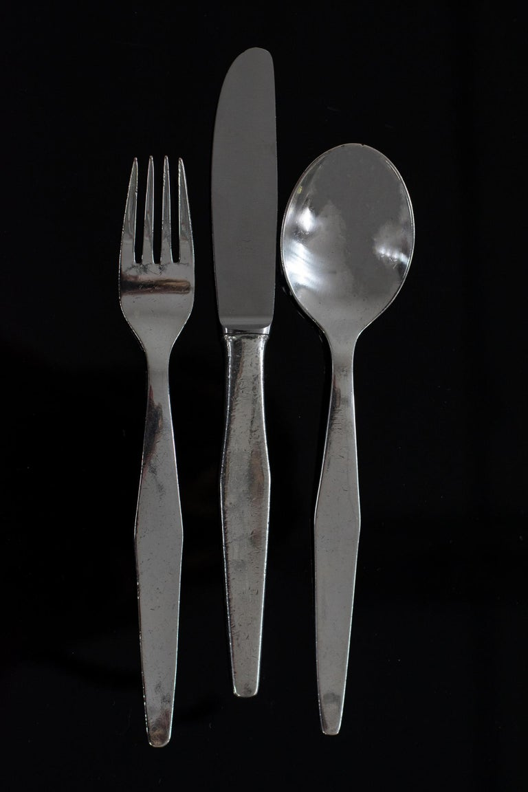 Gio Ponti Cutlery Set for Six in Nickel Silver Krupp, 1950s, Italy In Good Condition For Sale In Montecatini Terme, IT