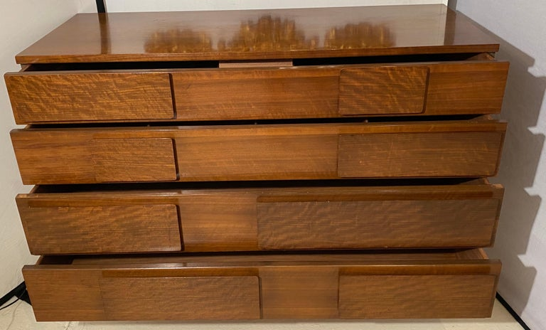 Gio Ponti Double Dresser Low Chest Signed M. Singer and Sons Model 2161 For Sale 6