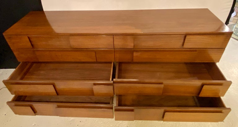 Gio Ponti Double Dresser Low Chest Signed M. Singer and Sons Model 2161 For Sale 12