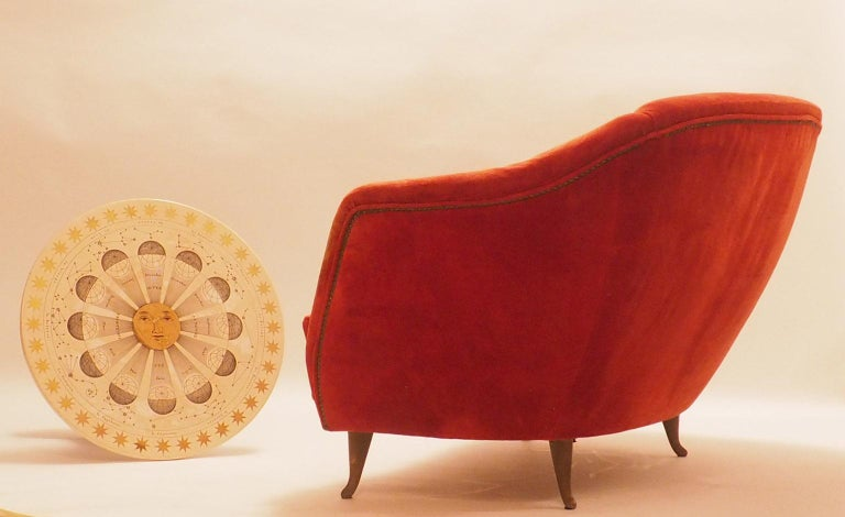 Italian Fine Velvet Sofa with Brass Feet attributed to Gio Ponti for ISA, Italy, c. 1952 For Sale