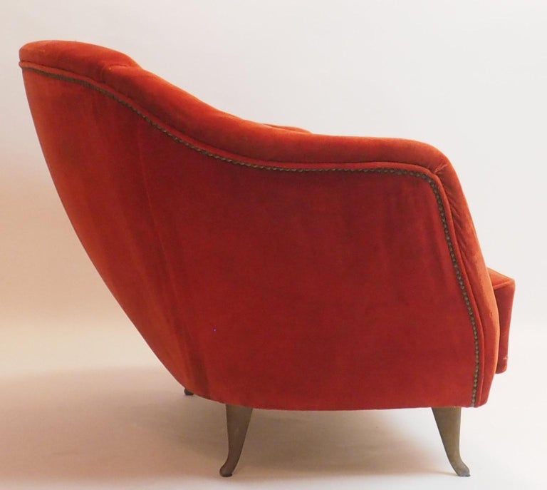 Fine Velvet Sofa with Brass Feet attributed to Gio Ponti for ISA, Italy, c. 1952 For Sale 2