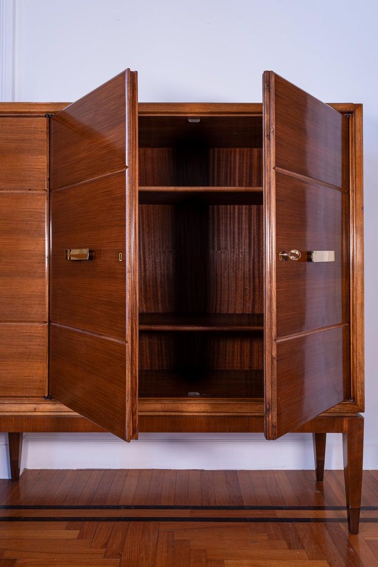 Italian Gio Ponti Five Doors Sideboard in Walnut Veneer and Mahogany for Singer Son For Sale
