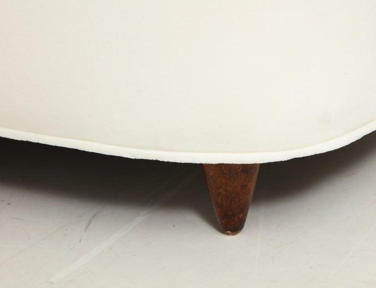 Gio Ponti for Casa e Giardino Pair of Ivory Velvet Armchairs For Sale 6