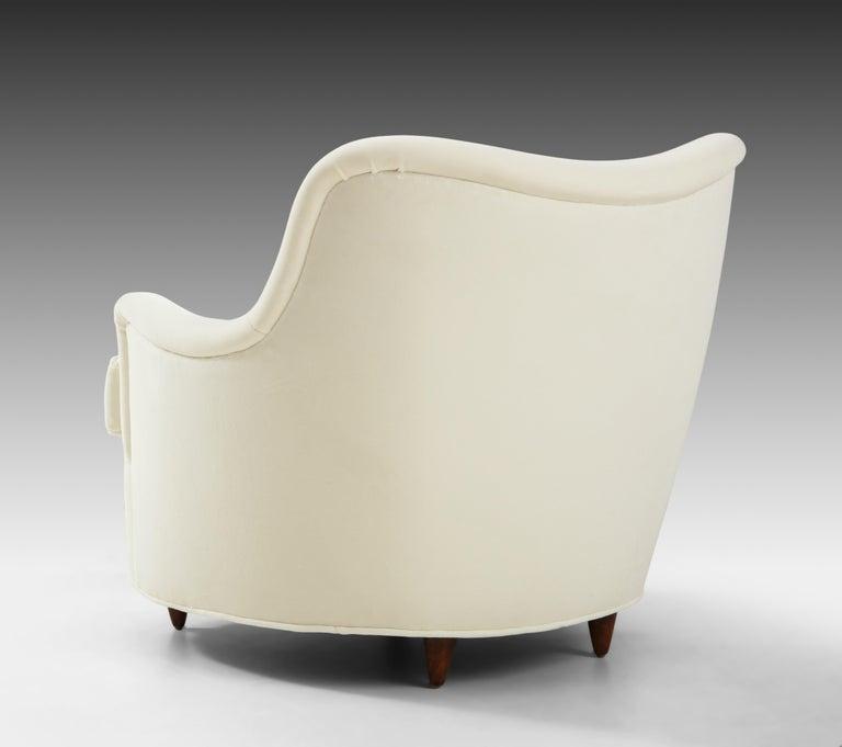 Gio Ponti for Casa e Giardino Pair of Ivory Velvet Armchairs For Sale 3