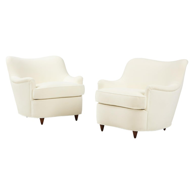 Gio Ponti for Casa e Giardino Pair of Ivory Velvet Armchairs For Sale