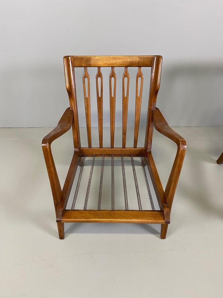 Italian Gio Ponti for Cassina Pair of Walnut Armchairs Model 516 For Sale