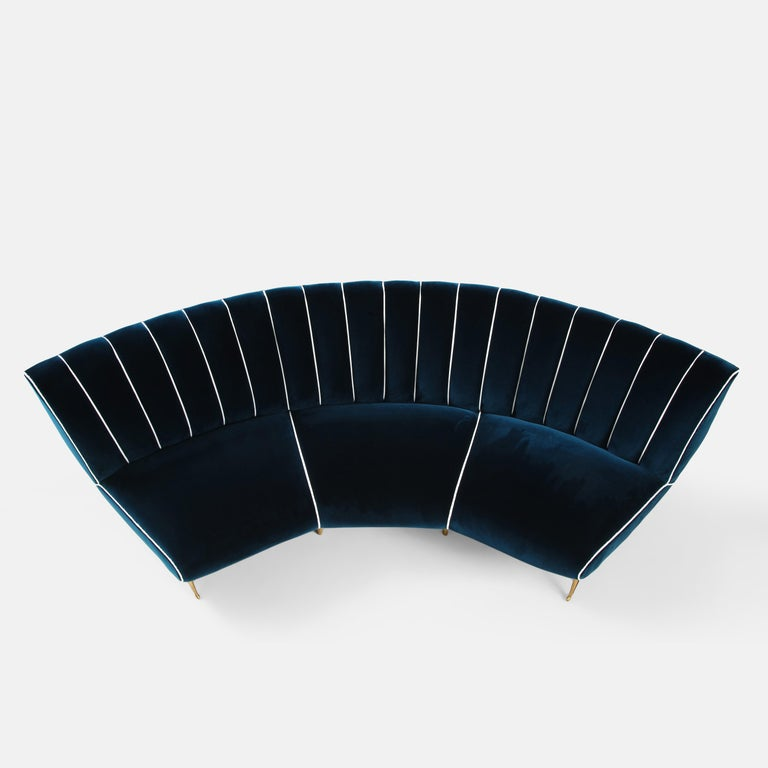 Giulia Veronesi for ISA Bergamo Rare Curved Channel Back Sofa in Navy Velvet For Sale 4