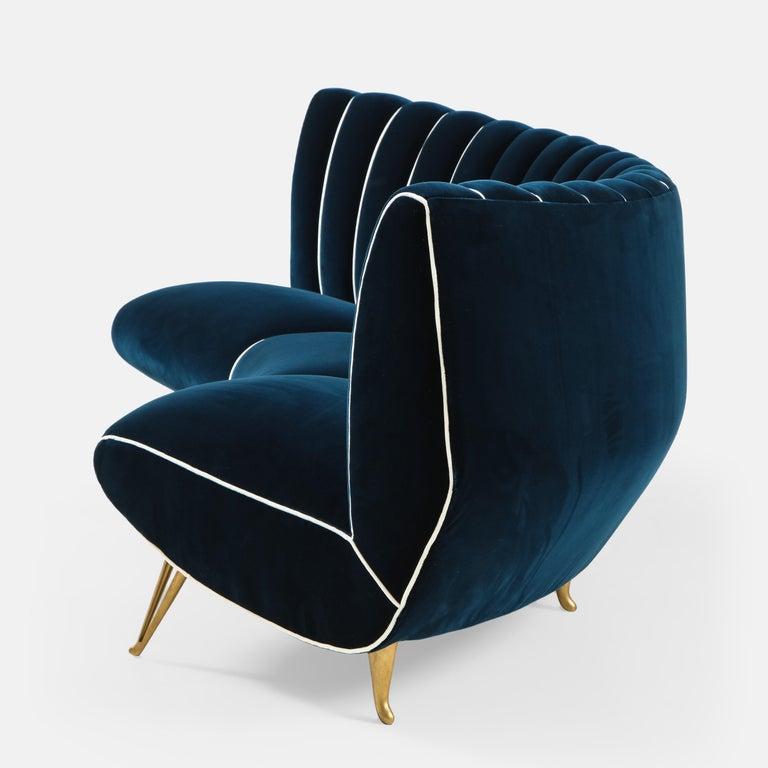 Gilt Giulia Veronesi for ISA Bergamo Rare Curved Channel Back Sofa in Navy Velvet For Sale