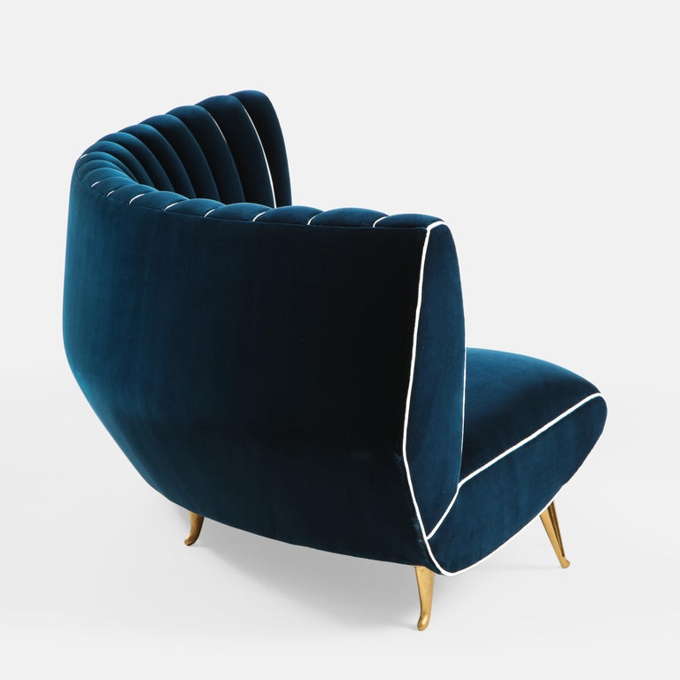 Giulia Veronesi for ISA Bergamo Rare Curved Channel Back Sofa in Navy Velvet For Sale 1