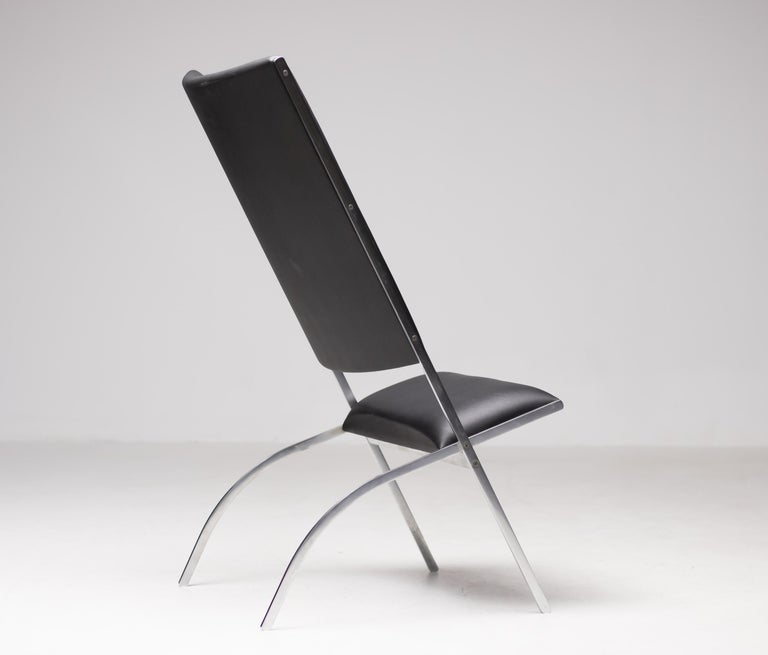 Elegant limited edition lounge chair designed by Gio Ponti and made by Pallucco.  Edition nr. 002/100.  Literature: Gio Ponti, The Complete Work, 1923-1978, Ponti, pg. 245. Marked with label.