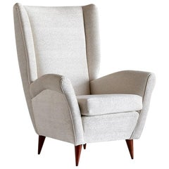 Gio Ponti High Back Armchair in Ivory Chenille and Walnut, Italy, Late 1940s