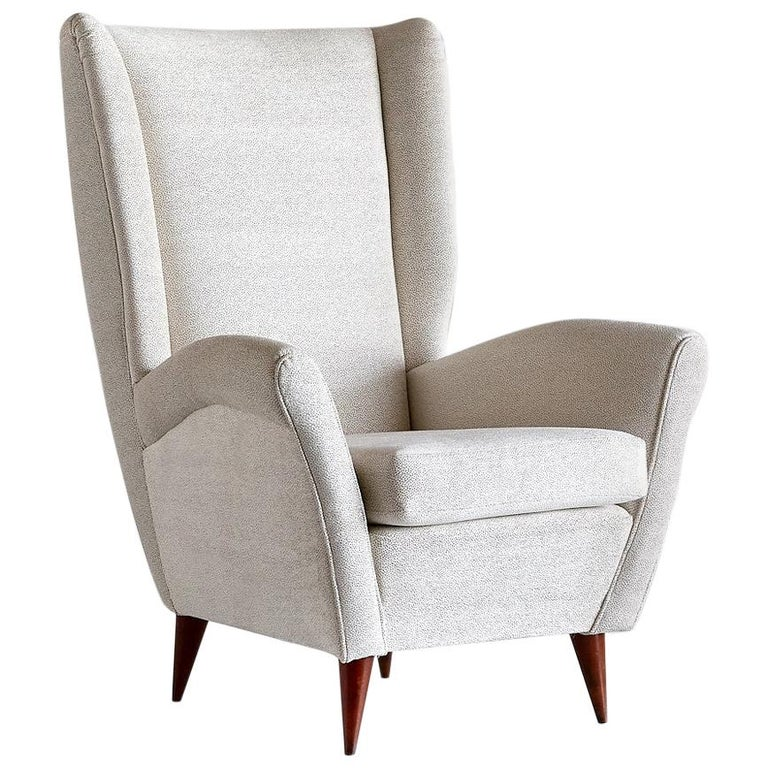 Gio Ponti High Back Armchair in Ivory Chenille and Walnut, Italy, Late 1940s For Sale