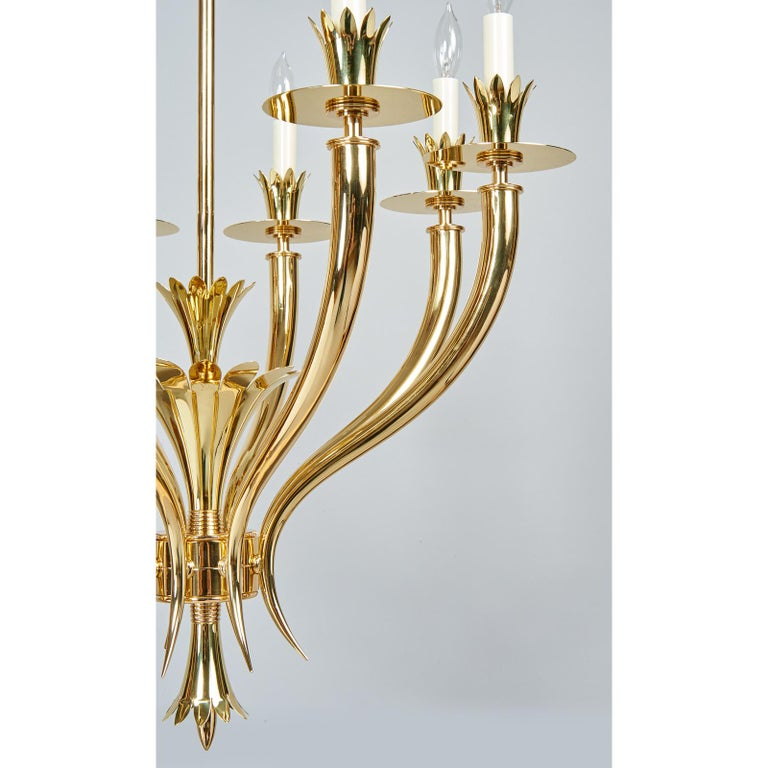 Gio Ponti Important Geometric 8-Arm Chandelier in Polished Brass, Italy 1930s For Sale 4