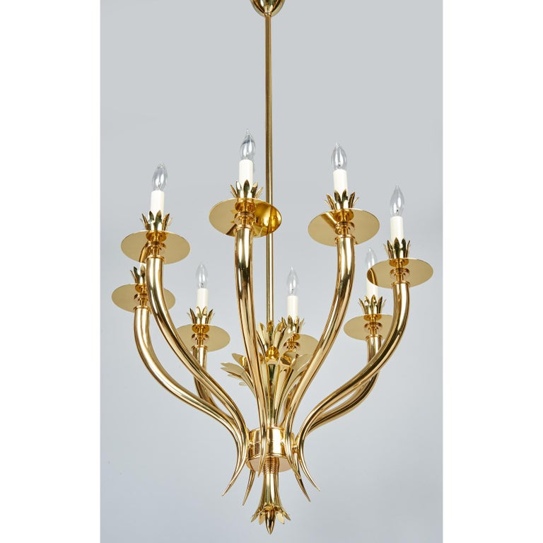 Gio Ponti Important Geometric 8-Arm Chandelier in Polished Brass, Italy 1930s In Excellent Condition For Sale In New York, NY