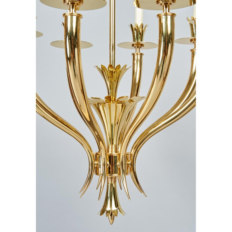 Gio Ponti Important Geometric 8-Arm Chandelier in Polished Brass, Italy 1930s For Sale 2