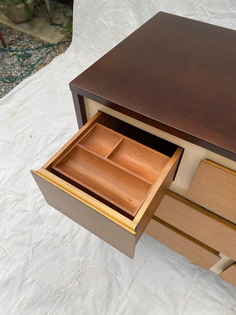 Mid-20th Century Gio Ponti Inspired Dresser for Henredon Furniture For Sale