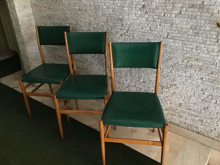 "Italian Gio Ponti ""Leggera"" Chairs by Cassina 1951 Wood Original Coating, Italy For Sale"